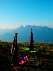 Yoga am Berg, Kopfstand